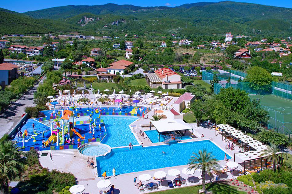 cronwell-platamon-resort-3