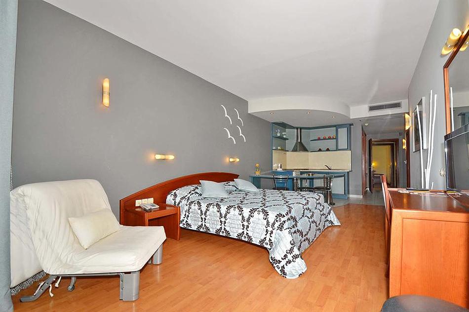evilion-hotel-6